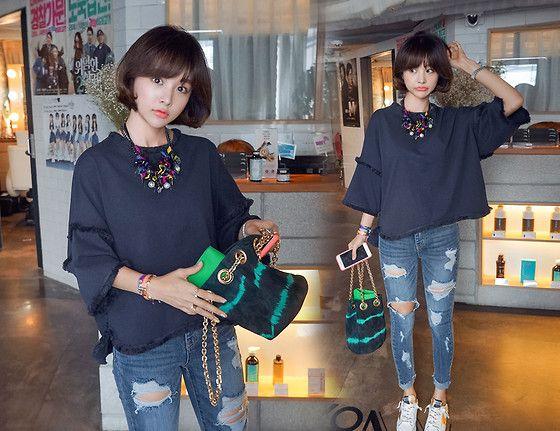 海外のスニーカーコーディネート特集!レディースファッションスナップ | Q ration(キューレーション) | QUAEL bags | クアエル
