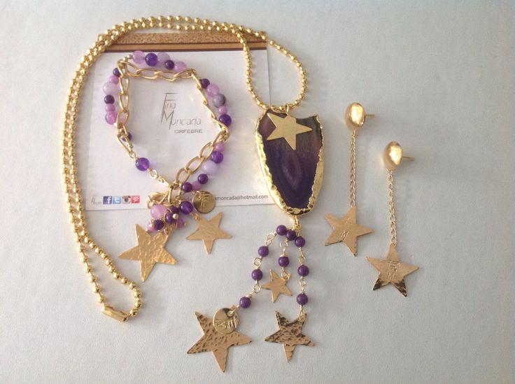 Colección lluvia de estrellas con ágata engastada , gemas y baño de oro. Síganme en Instagram @finamoncada