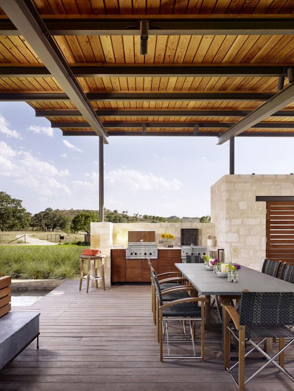 Stunning open air pavilion in Texas: Story Pool House