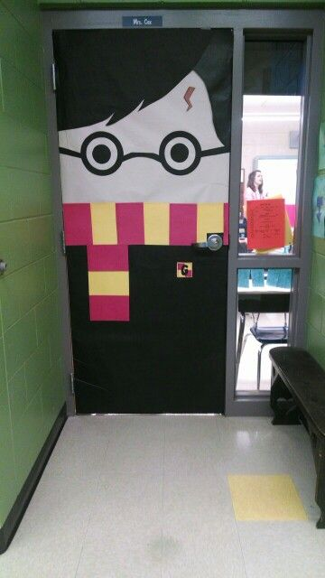 My handiwork, @lizgray317 ! Harry Potter door! Elementary school door decorating contest!