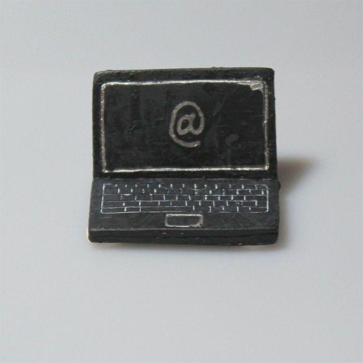 Lille laptop til bordpynt #Bordpynt #DrengeKonfirmation