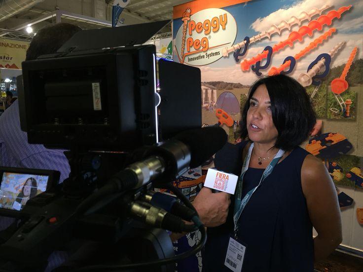 Backstage intervista a Emanuela Cosentino - Peggy Peg