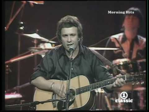 """Don McLean's """"American Pie"""": 20 Things You Might Not Know About The Ultimate Boomer Anthem"""