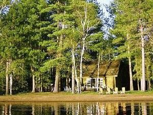 Benoir Beach Cottage For Rent Rent Cottage in Haliburton/Bancroft Haliburton, Algonquin Park Ontario