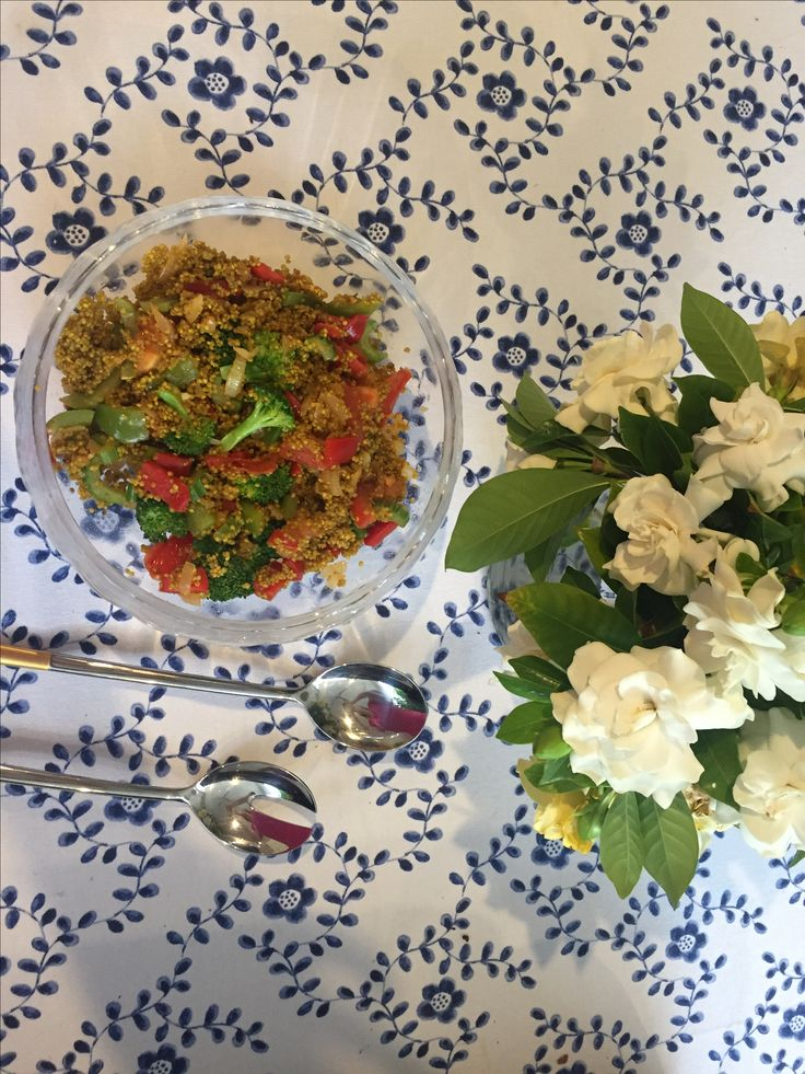 Quinoa salad with Sacha Inchi Oil a great healthy choice, Sacha Inchi is an easy way to add Omega 3,6,9 to your diet