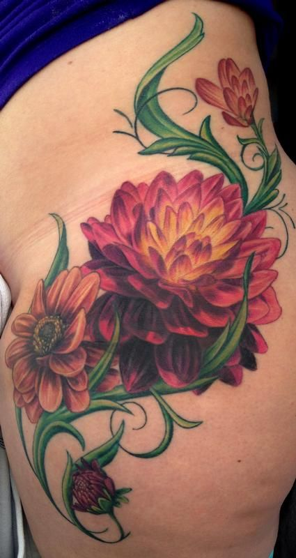 Dahlia Tattoo by Pepper : Tattoos