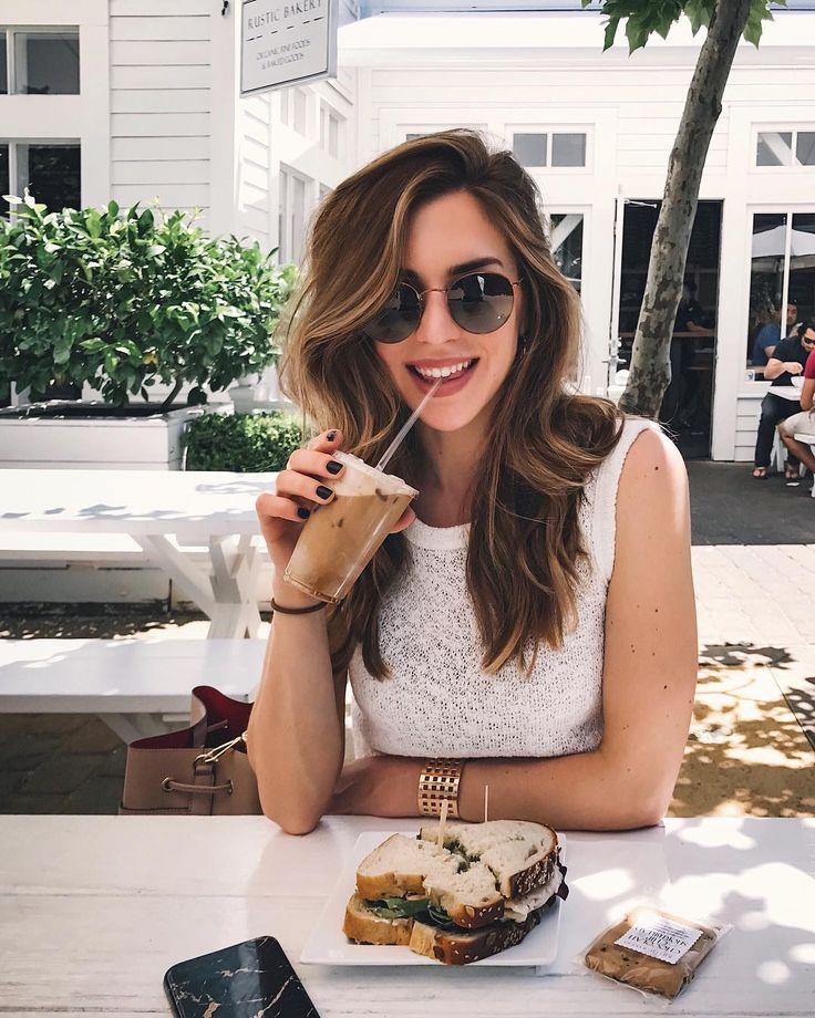 "40.2 tisuća oznaka ""sviđa mi se"", 245 komentara – Nichole Ciotti (@nicholeciotti) na Instagramu: ""Sunday lunch date with @maxmzd ❤️"""