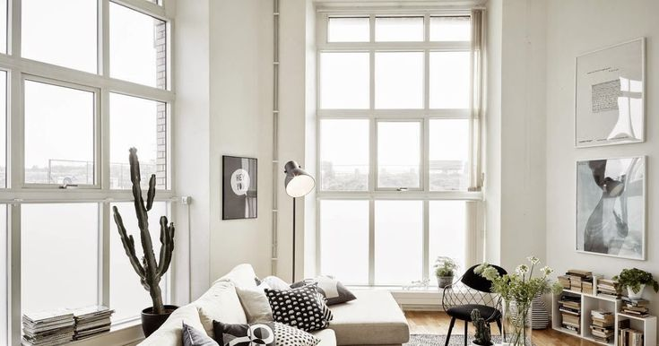 A fab monochrome duplex in Gothenburg I must admit I'm a bit bleary eyed this morning. We touched down in Sweden late last night and two extra strong coffees haven't helped this morning..... monochrome