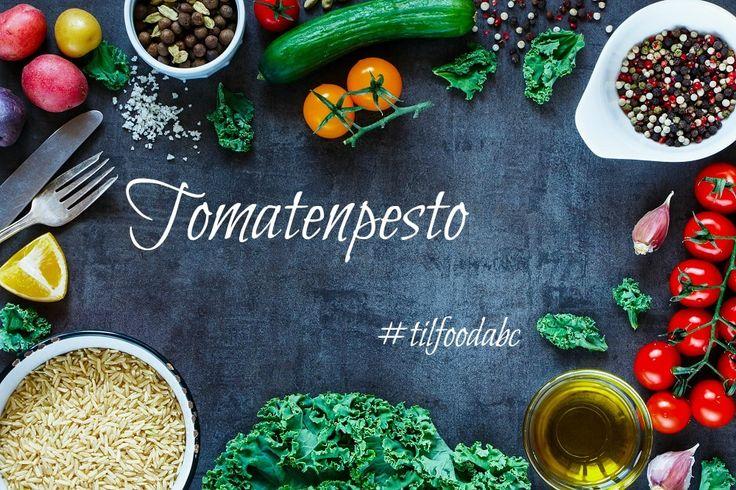 Tomatenpesto mit getrockneten Tomaten, Ricotta, Pinienkernen und frischem Parmesan