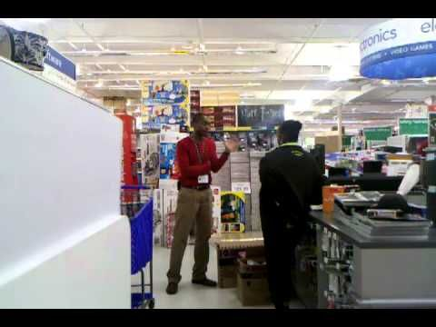 Crazy woman at Toys R Us on Black Friday 2010 [NSFW]