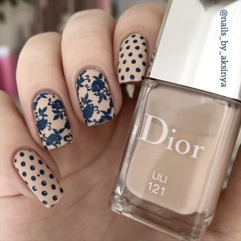 Soft floral design  I used @moyou_london Flower Power 06