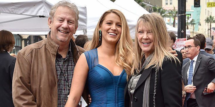 Blake Lively And Other Celebrities You Didn't Realize Have Famous Parents http://elitedaily.com/entertainment/celebrity/blake-lively-celebrities-famous-parents/1960236/#fotonzgrid?utm_campaign=crowdfire&utm_content=crowdfire&utm_medium=social&utm_source=pinterest #istandwithnigeria