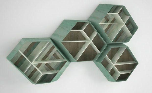 La libreria modulare in marmo Earthquake, design Patricia Urquiola per Budri