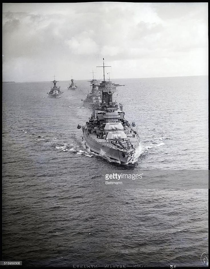 US battleships at sea during the interwar period, date and location unknown