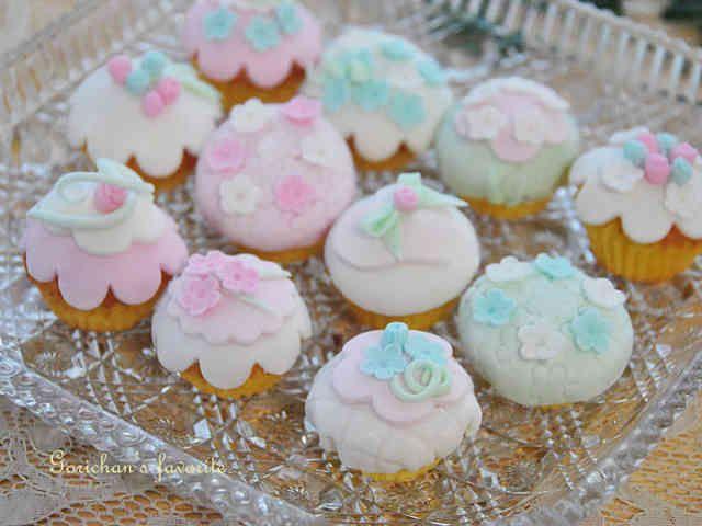マシュマロフォンダン ミニカップケーキの画像