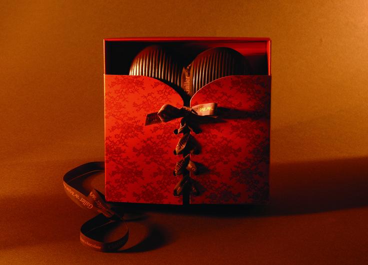 Milk Chocolate Corsage Gift Box
