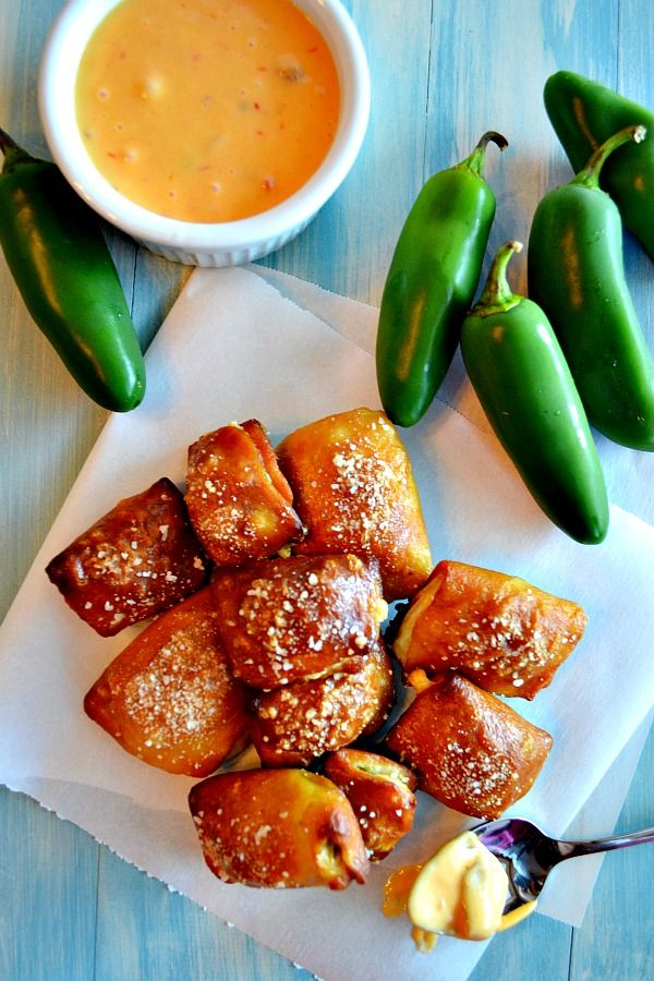 Jalepeno Popper Stuffed Pretzel Bites from Kitchen Meets Girl