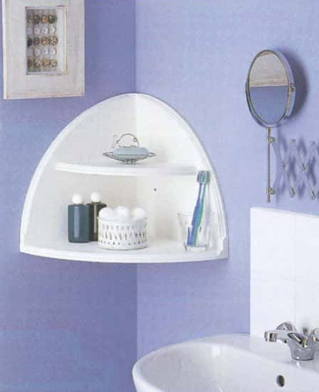Corner shelf in a semi-circle of wood in the bathroom