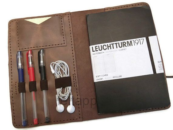 Best 25+ Leather portfolio ideas on Pinterest Menu0027s laptop bags - resume portfolio folder