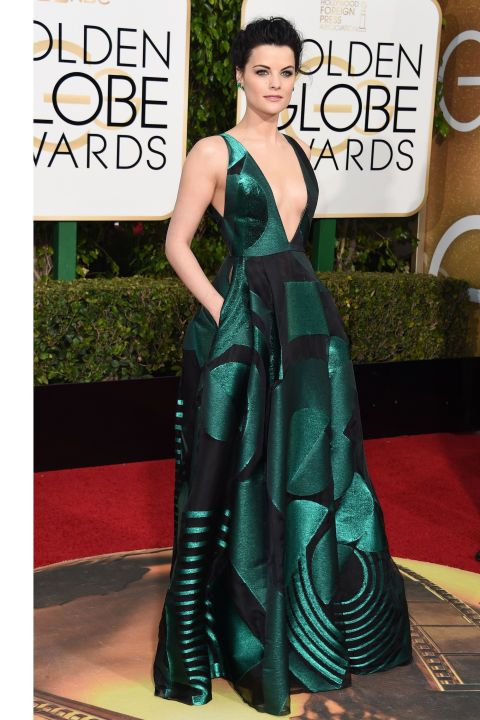 See all the best red carpet arrivals at the 2016 Golden Globes: Jaimie Alexander