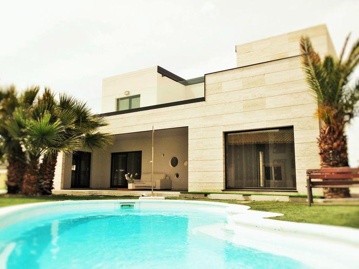 Casa prefabricada de hormigon con piscina casas de acero y - Casas de acero y hormigon precios ...