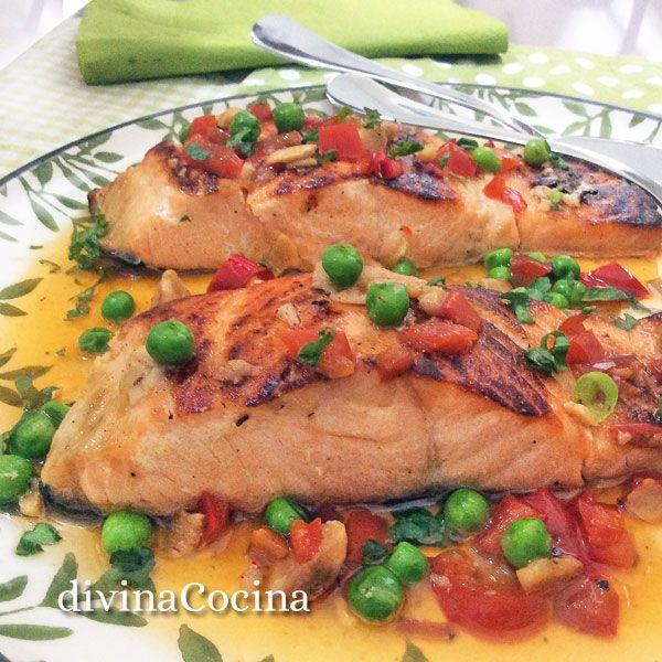 Esta receta de salmón al horno es muy sencilla y sabrosa, el salmón se prepara en muy pocos minutos porque debe quedar jugoso en su interior.