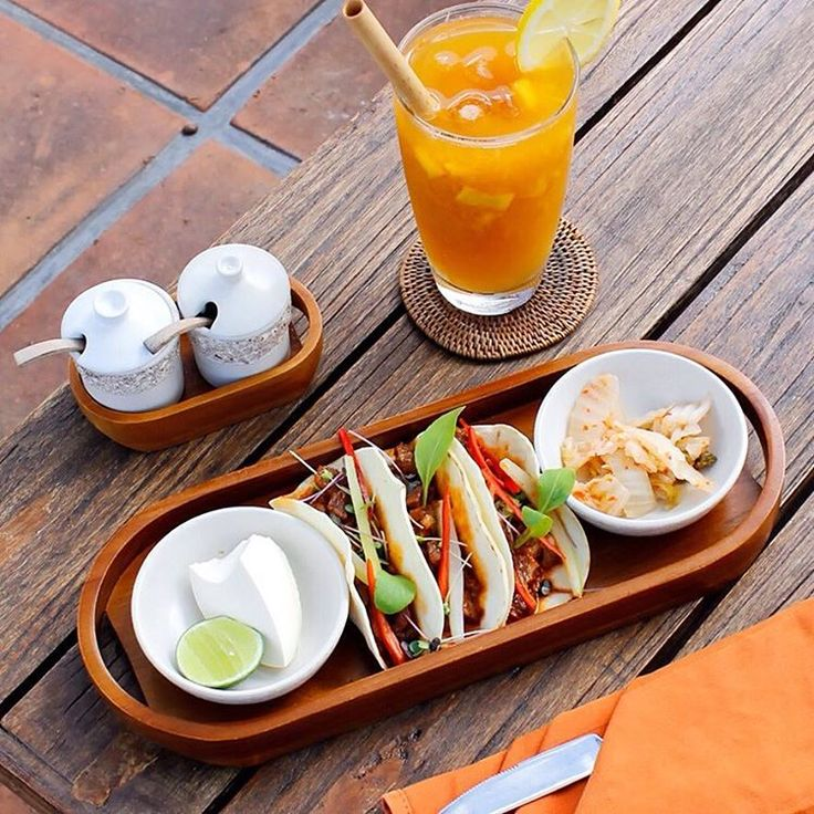 We're having a Snackoholic Anonymous meeting. Location: The Pool Pavilion. This session is sponsored by Korean Kal Tacos and Eastern Promise. . Korean Kal Tacos served with braised short ribs, kimchi slaw, lime, saur cream. Eastern Promise served with fresh mango fruit, local white cardamom, lemongrass, chamomile tea. . . . . . #bismaeight #luxury #boutiquehotel #hotel #ubud #bali