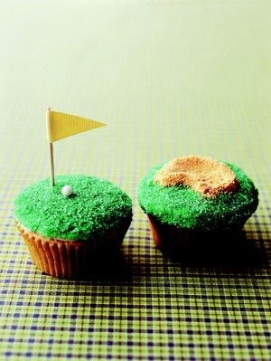 Tee time cupcakes