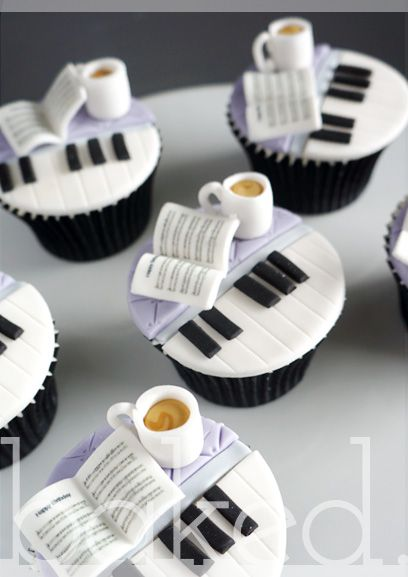 Piano Cupcakes