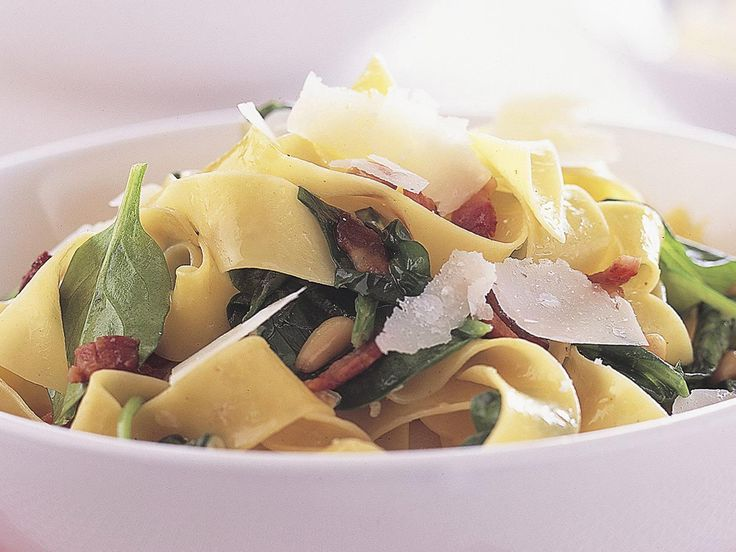 This spinach, bacon and pine nut pasta can be on the table in under 20 minutes. Pappardelle is a wide ribbon pasta perfect for this kind of dish but you can substitute fettuccine or tagliatelle, if preferred.
