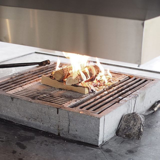 Roasting #marchmellows by the fire 🔥 #spaweekend #långweekend #langvikhotel http://www.langvik.fi/