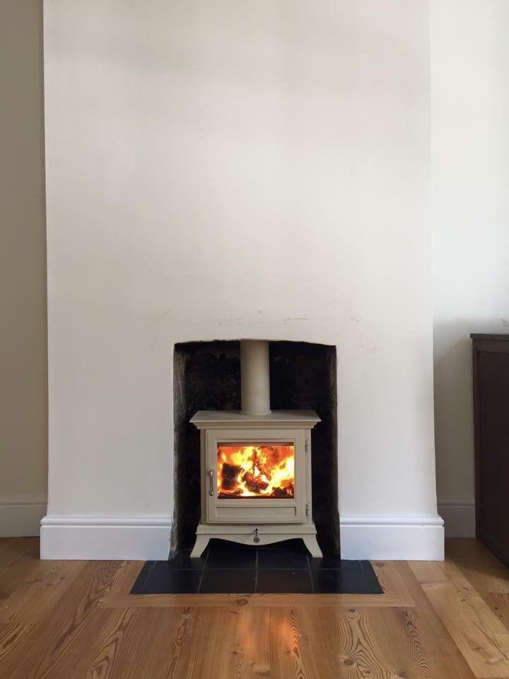 Chesneys Beaumont 5kw Ivory wood burning stove.