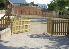 VALLAS DE MADERA - valla de madera fustal