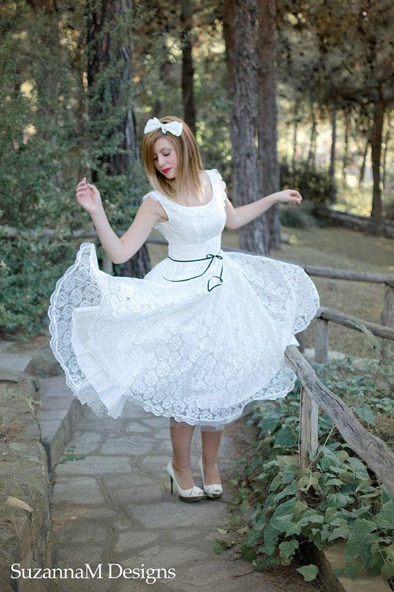 Light Ivory 50s Wedding Dress Full Skirt Original 50s Style Bridal Dress Sleevles Tea Length Dress - Handmade by SuzannaM Designs