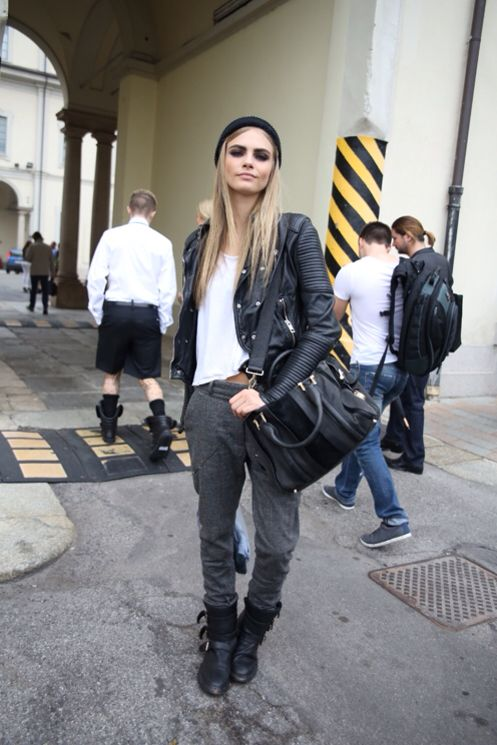 Grey sweatpants | Outfits! | Pinterest | Cara delevingne Grey and Joggers