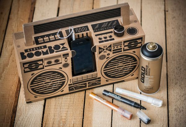 A Cardboard Sound System For Your Smartphone Photo