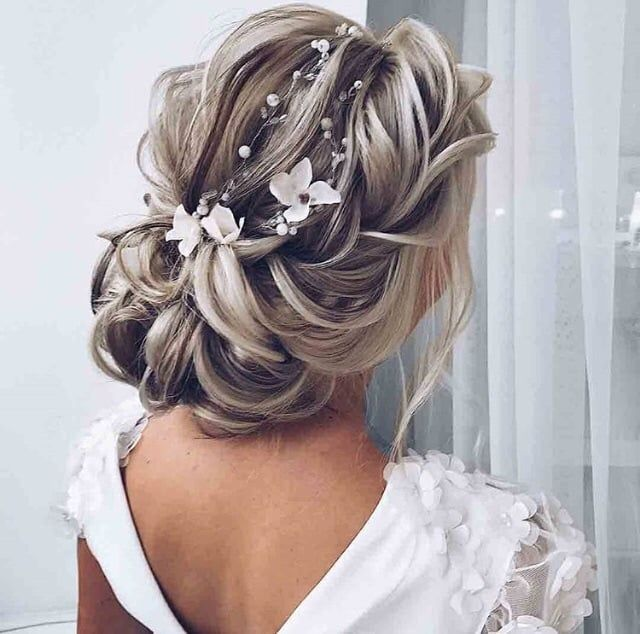 Shared By Mattamanga Find Images And Videos About Hair On We Heart It The App To Get Lost In What You Hair Styles Long Hair Styles Formal Wedding Hairstyles