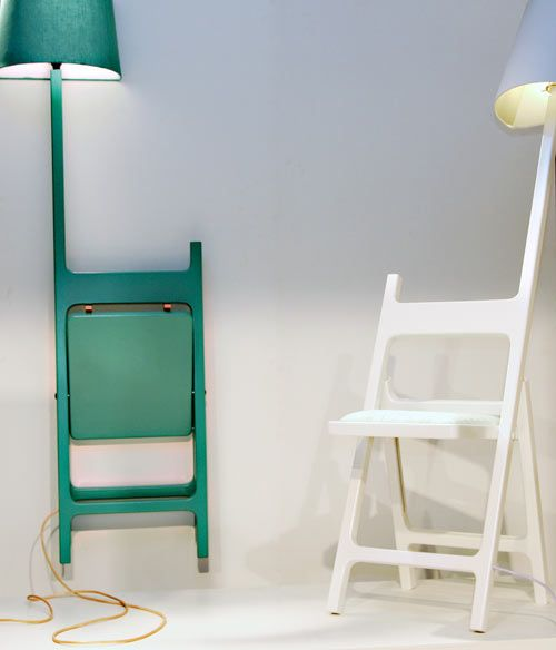 A foldable chair with the perfect reading light. no matter the environment. Erik De Nijs presented a few new pieces at Dutch Design Week 2010 in Eindhove