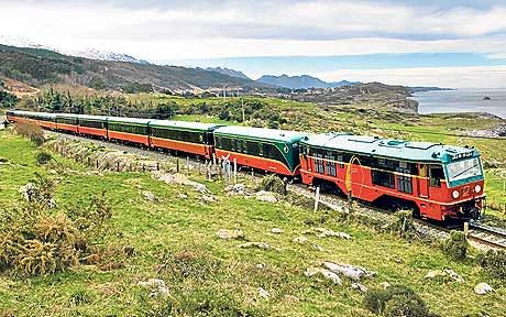 The new El Expreso service is a cheaper, more leisurely alternative to the   Transcantábrico, says Paul Miles.