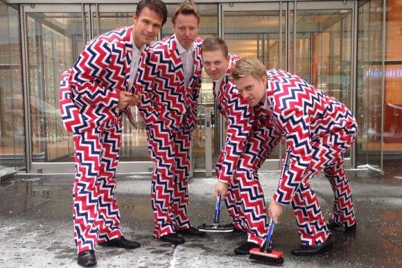 Humor haben sie ja, die norwegischen Curlingspieler. (#neuestrikot #sotschi)
