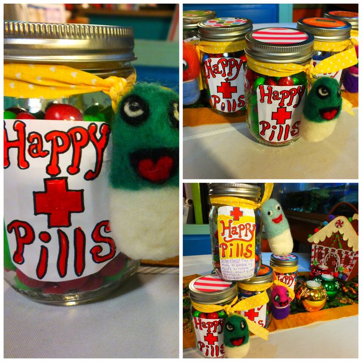 Mason Jar project; happy pills! Who couldn't use a happy pill now and again? My mom, a fiber artist, felted this happy little wool felt pills to accompany a jar full of happy-inducing chocolates :D Paste some holiday-themed paper to the lids, some pretty ribbon, and self-adhesive label, and WAHLA! Adorbs gift idea.