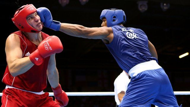BBC Sport - Olympics boxing: Anthony Joshua wins super-heavyweight gold