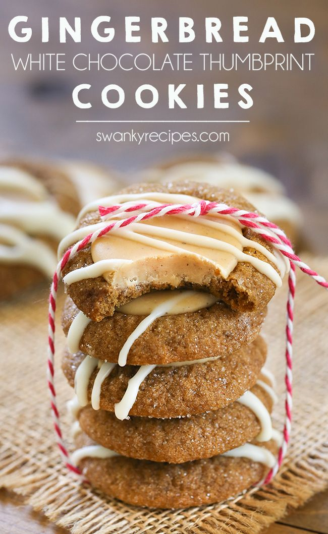 Mézeskalácsos hüvelykujj sütik - Nagy tétel rágós üdülési cookie-k.  Hajtson előre és szolgáljon a következő családi partira.  #dessert #gingerbread