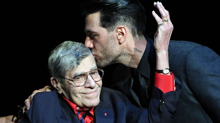 Jerry Lewis Intentionally Excluded 6 Biological Children From Will