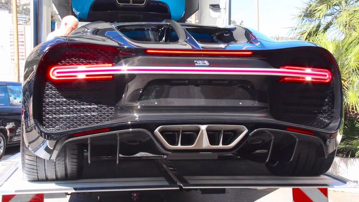 Bugatti CHIRON Cold Start Up and Sound - Delivery in Monaco!