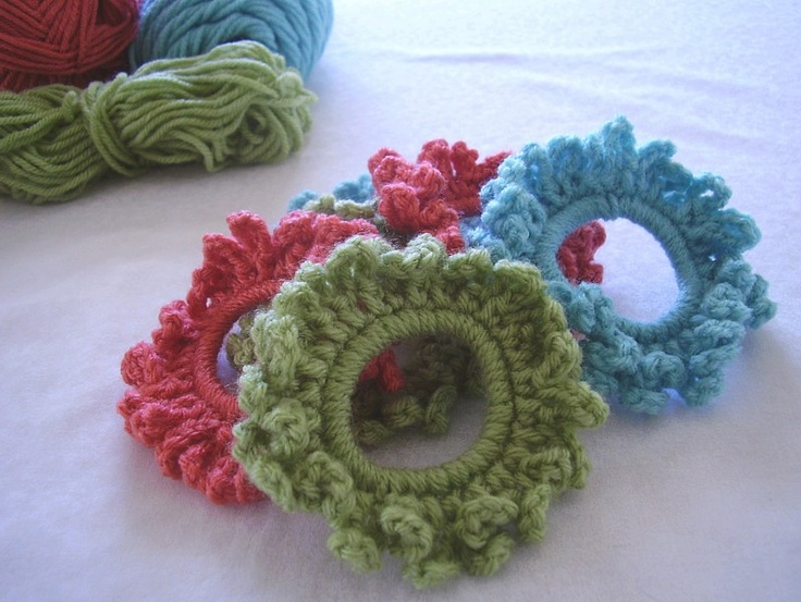 Super cute and easy. Would be great for the girls to color coordinate!Even add a flower to it!