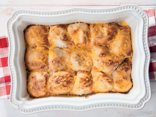 """Braai rolls with cream sauce. """"A friend gave me the recipe for these rolls – they're even more delicious than classic braaied sandwiches,"""" says YOU reader Rosanne Bornman."""