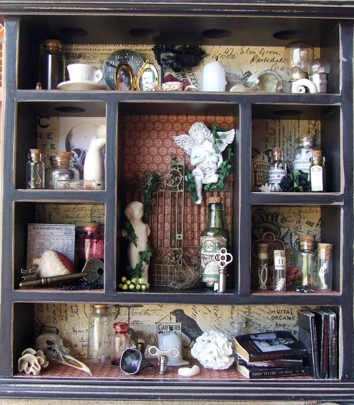 Great Cabinet of Curiosities Tutorial! Perfect! A little place to keep thread and bits or writing implements!