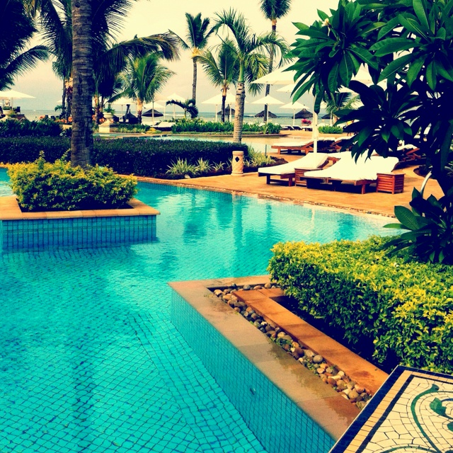 Sugar Beach Mauritius. Holiday Cafe holidaycafe@travelbyarrangement.com www.holidaycafe.co.za 011 794 4900
