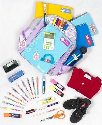 Con el  Súper Pack Colegio podrás personalizar  las pertenencias de tus hijos para que puedan volver a casa. Incluye el mix perfecto de Etiquetas Resistentes,  para ropa, cuadernos y tags para tu mochila!